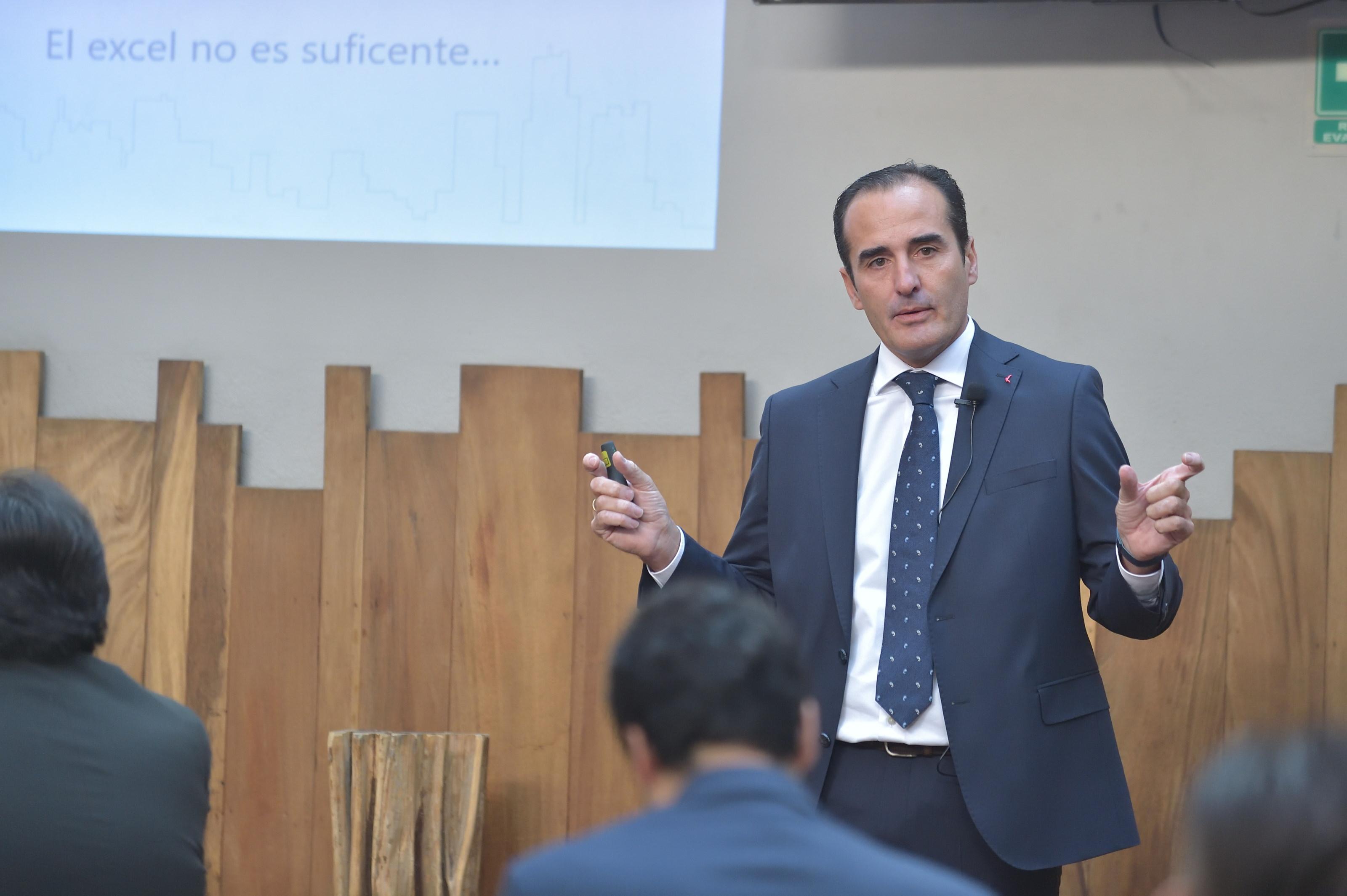 Antonio-Quevedo-CEO-GlobalSUITE.jpg