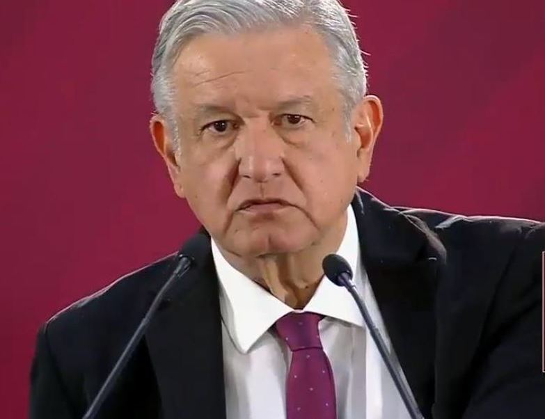 AMLO_Prensa-fifi.jpg