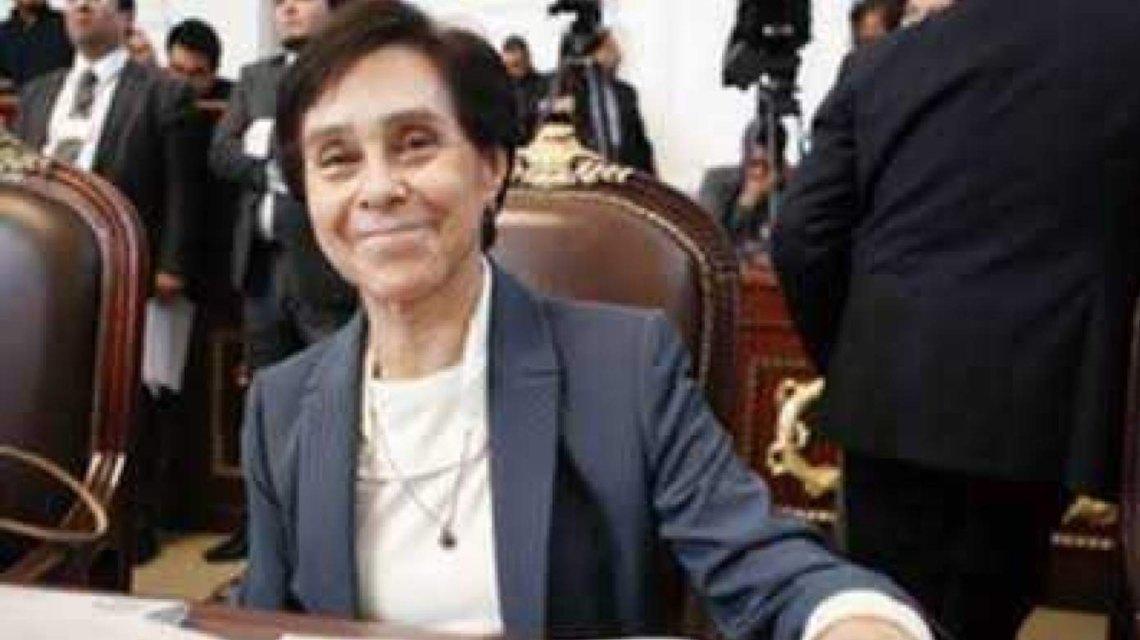 Diputados-rinden-homenaje-a-María-de-los-Angeles-Moreno.jpg