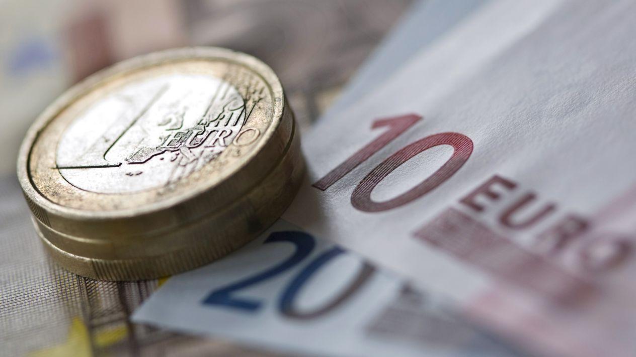 Euro-bonos-AMLO.jpg