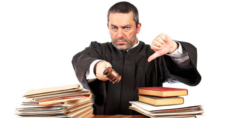 juez-enojado.jpg
