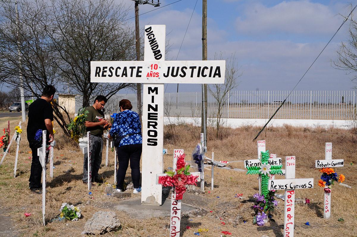 Rescate-mineros-en-Pasta-de-Conchos.jpg