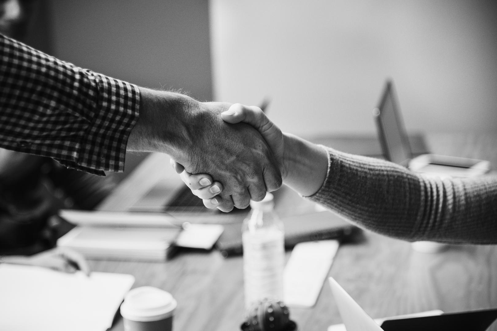 achievement-agreement-arms-black-and-white-business-business-agreement-1452881-pxhere.com_.jpg