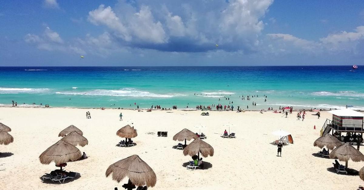 Cancún_Sargazo.jpg