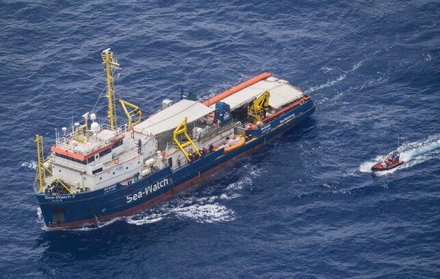 barco-Sea-Watch.jpg