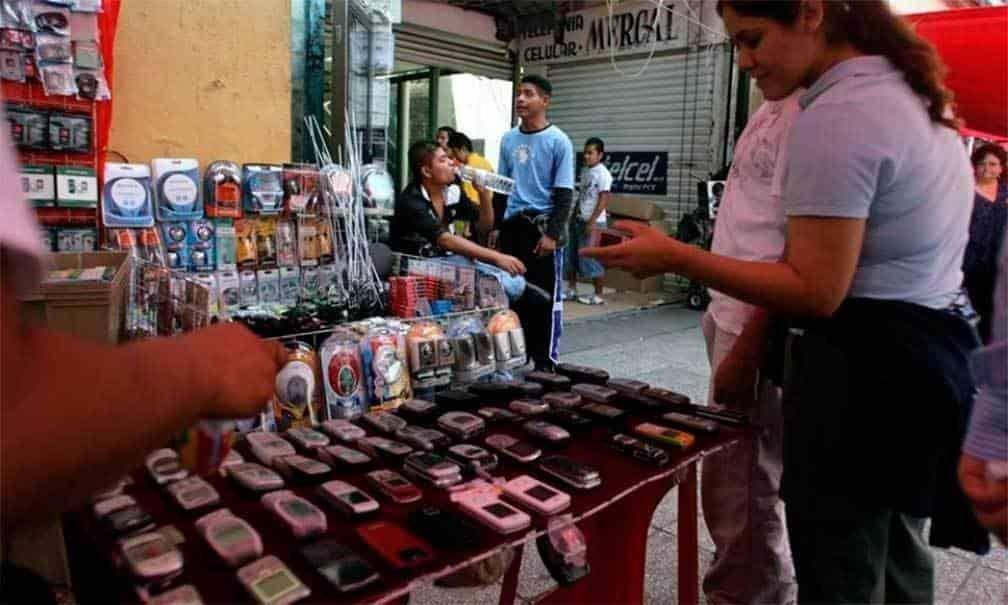 Operativo-contra-venta-de-celulares-en-tianguis-de-la-CDMX.jpeg