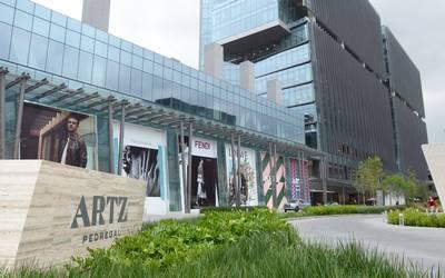 Plaza-Artz.jpg