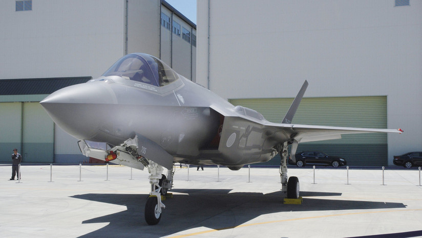 Fuerza-Aérea-de-Japón-reanuda-vuelos-de-los-cazas-F-35A.jpg