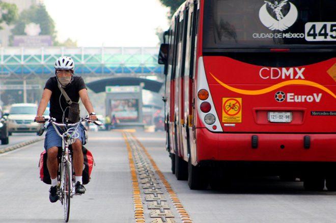 Metrobús-opera-con-normalidad-tras-choque-en-Eduardo-Molina.jpg