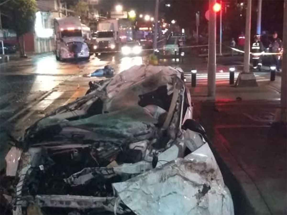 Metrobús-suspende-servicio-en-cinco-estaciones-por-accidente.jpg