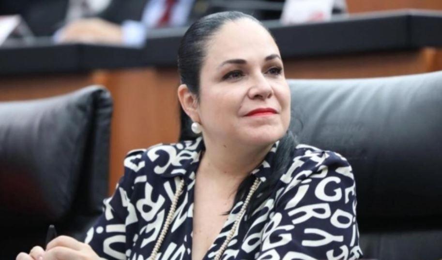 Monica-Fernández.jpg