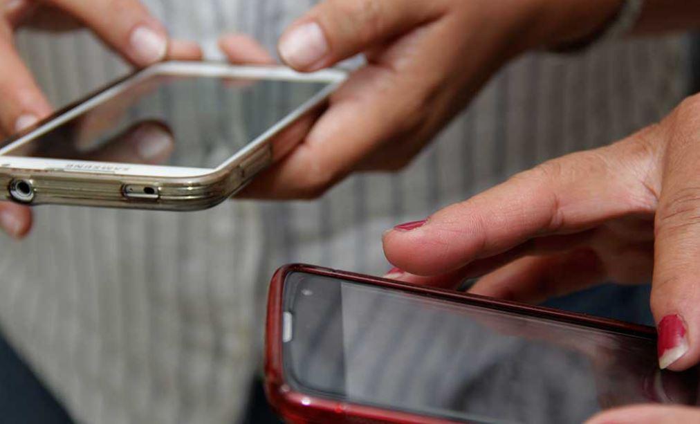 celulares-fake.jpg