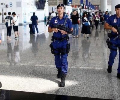 Policía-de-Hong-Kong-blinda-el-aeropuerto-ante-protestas.jpg