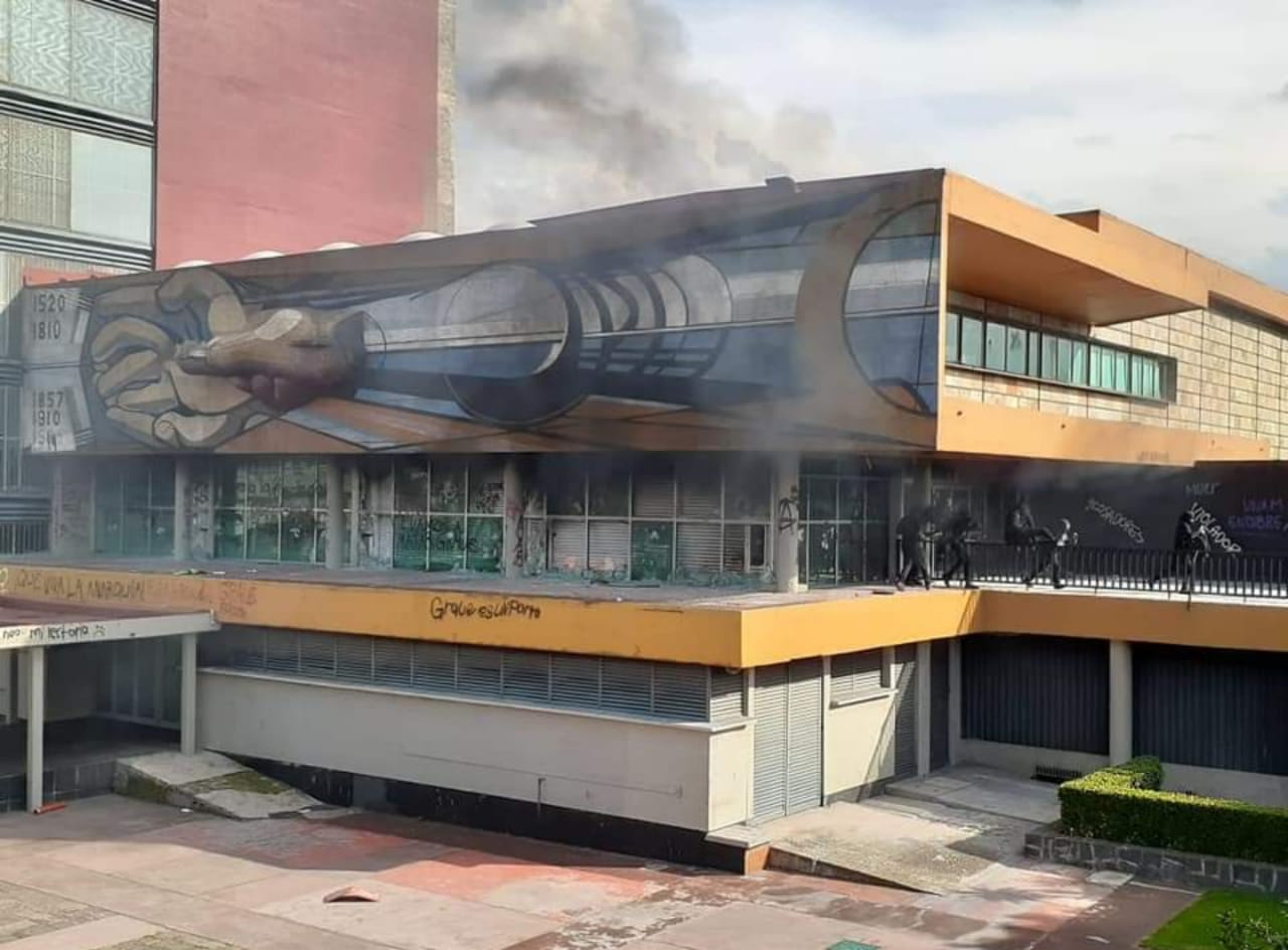 UNAM2.jpeg