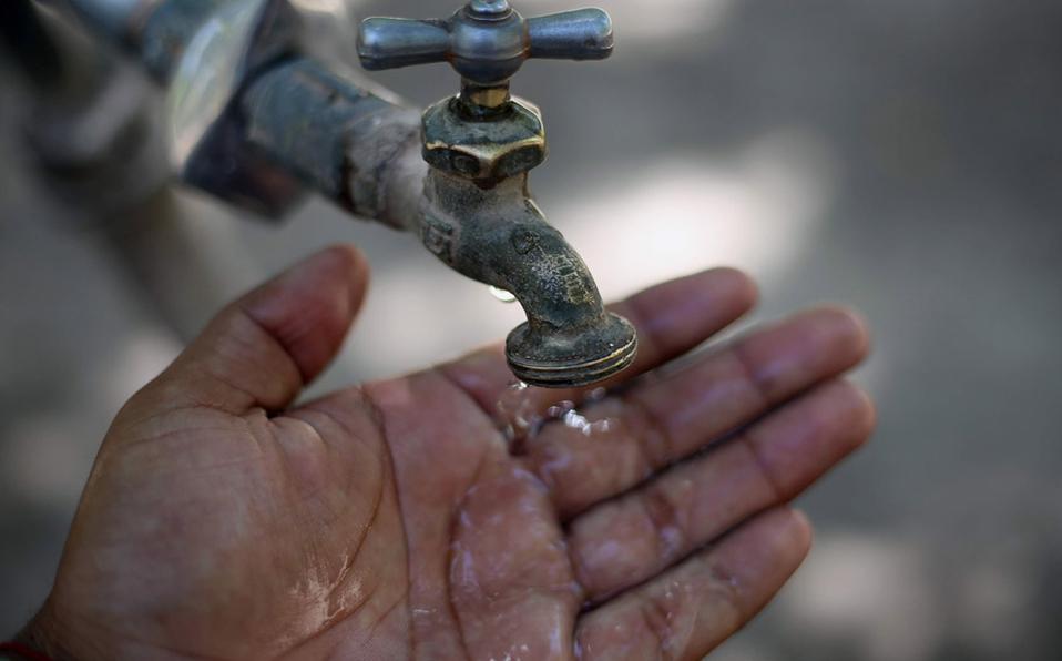 Se-dispara-consumo-de-agua-en-la-CDMX-ante-contingencia-sanitaria.jpg