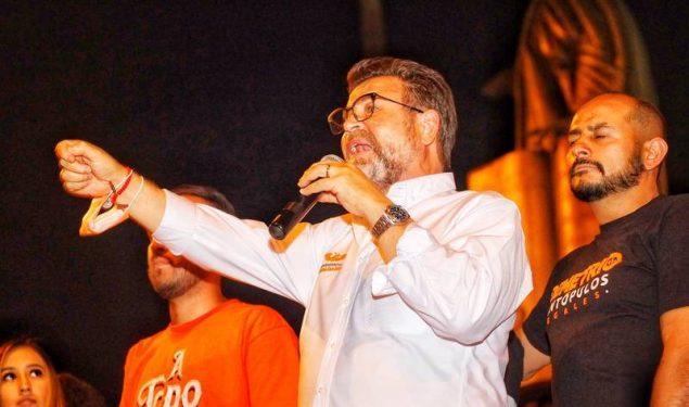 Bours declina a favor de Gándara; Durazo en picada